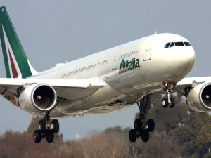 aereo-alitalia-bianco