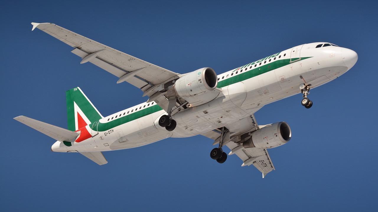 alitalia-aeroplano-italia