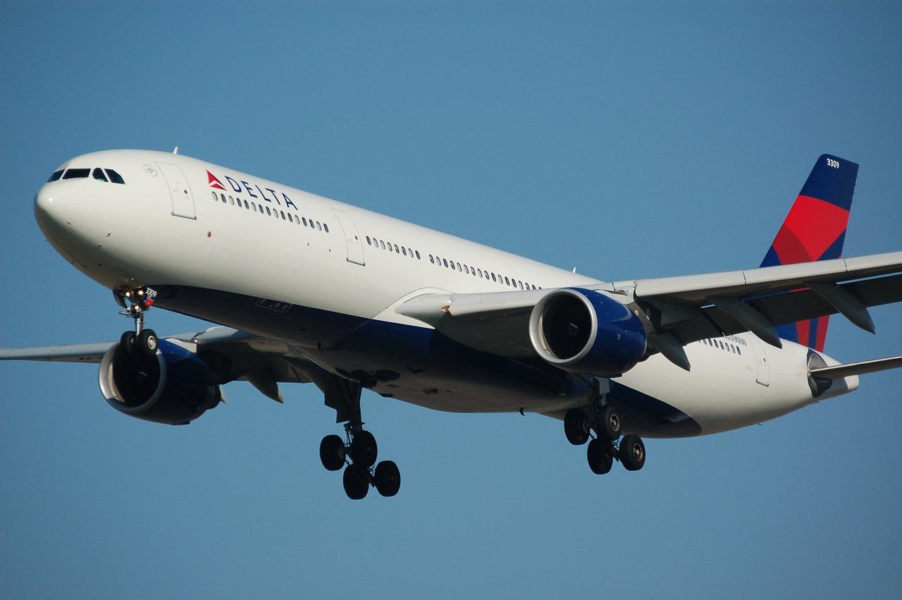dekta-airplane-flight