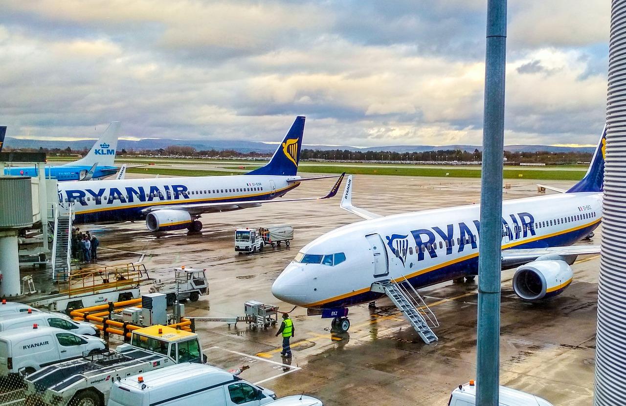 ryanair-airplane